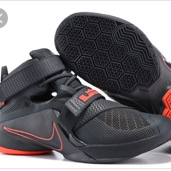 new product 3b5a4 ee359 Nike Lebron James Soldier 9 Basketball Shoes
